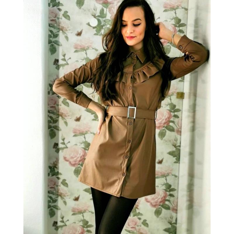 Autumn fodros bőrhatású ruha övvel - barna