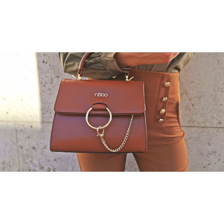 Barna láncos táska