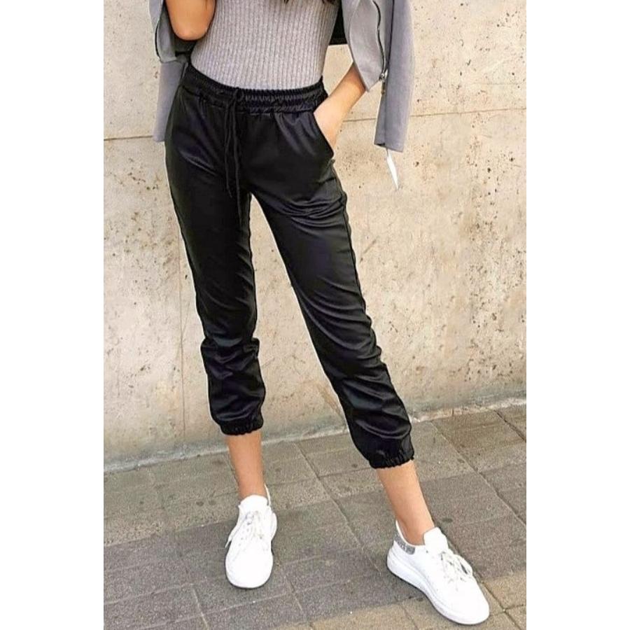 Weekend bőrhatású nadrág - fekete