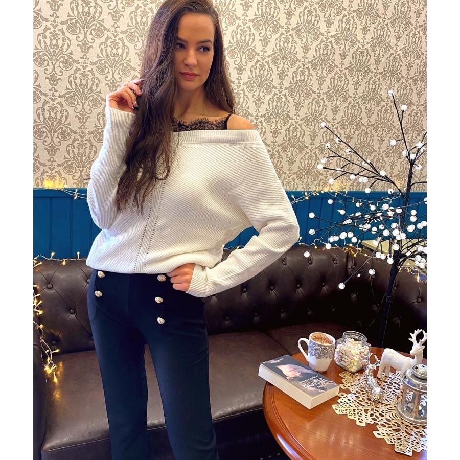 Lace pulóver csipkebetéttel - fehér